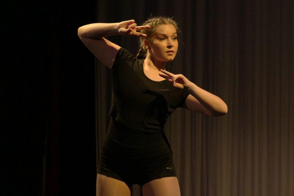 Hot Feet Dance Show