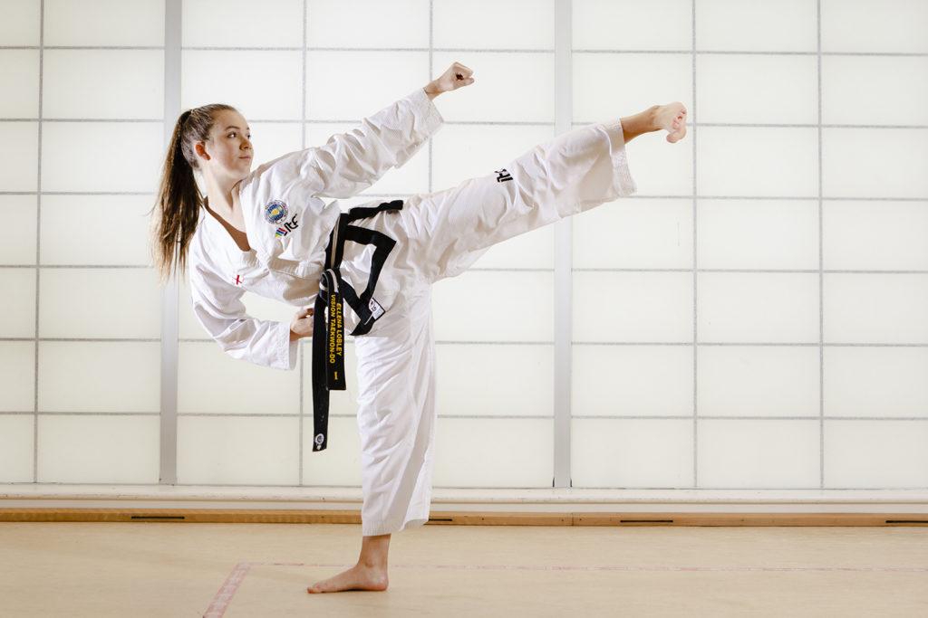 Ellena Lobley: Taekwondo. International